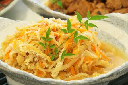Seasoned dried daikon