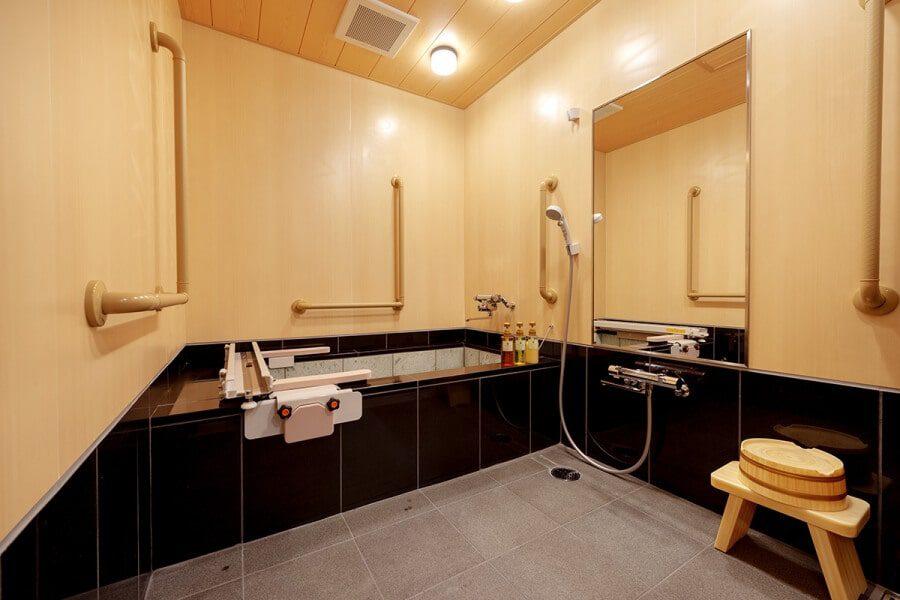天誠 バリアフリー特別室 浴室