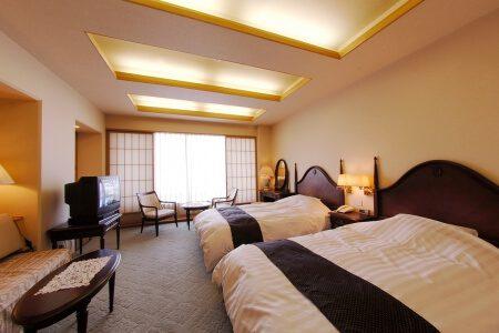 高知の旅館 城西館 洋室