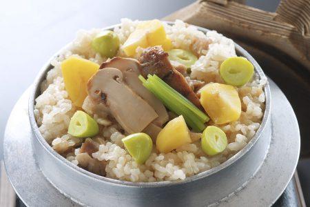 松茸と四万十鶏の釜飯