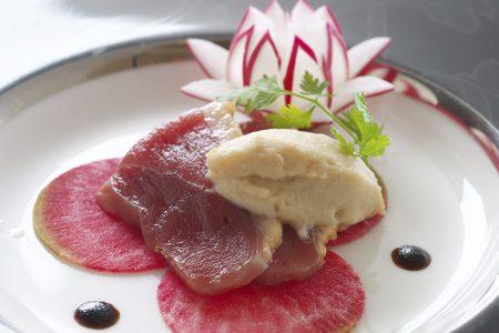 鴨肉の冷燻とフォアグラのムース