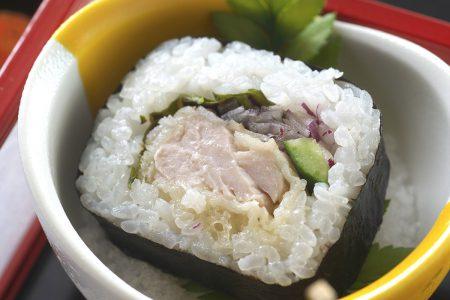 鰹天巻き寿司