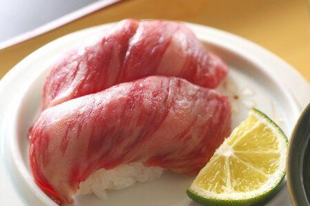土佐赤牛の炙り寿司