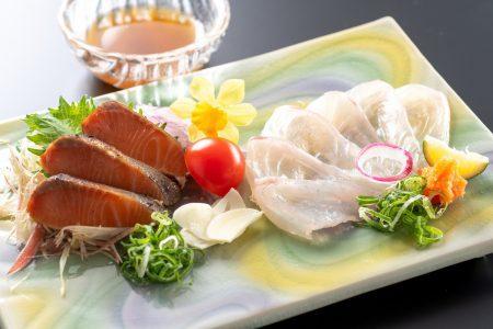 【室戸プラチナサツキマスの藁焼きタタキ】幻の味!さっぱりとした脂身に上品な甘みのある味わいをご堪能。