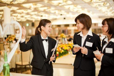 高度なサービスを目指した社員教育を行う高知のホテル 城西館