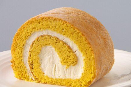"""最高級の砂糖""""和三盆糖""""を使ったこだわりのケーキ「和三盆ロールケーキ」"""
